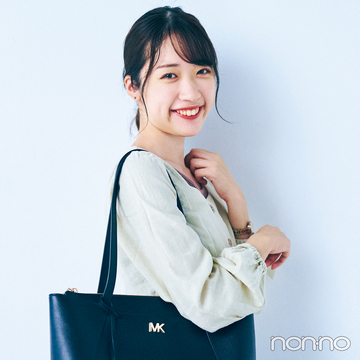 【新しい日常のバッグの中身大調査】四次元ポケット級バッグをもつカフェ店員の場合♡
