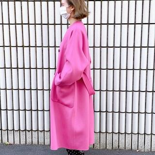 【アラフォーになってもピンクが好き❤︎】街で目を引く派手色コート