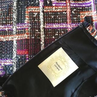 華やかツィードスカートで目指すは、この秋トレンドの上品さ!_1_2-2