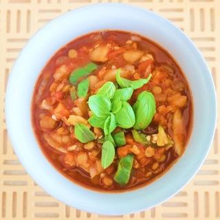 夏の疲れ肌に、リコピンたっぷりのトマト&レンズ豆のスープ