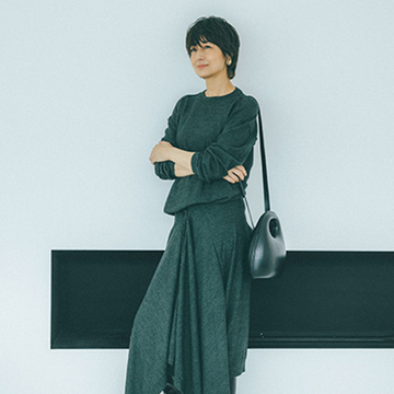 「ルメール」のニットドレスは、きちんとしすぎないエレガントさが魅力【2021秋冬最新ニット】