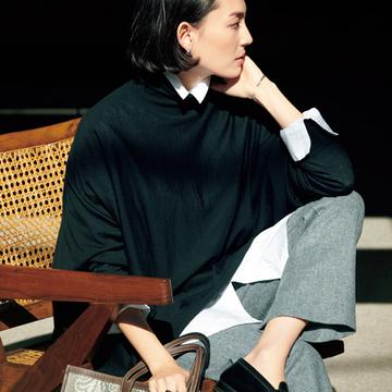"""【黒タートルの最旬スタイル】ビックシルエットのINに""""白シャツ""""でモード感UP!"""