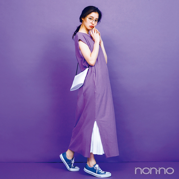新木優子の夏色コーデ、新鮮パープルを今っぽ&きれいめに着る!