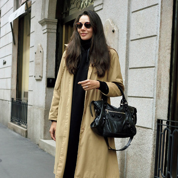 パリ&ミラノの冬トレンドキーワード⑤「洗練黒×ベージュ」 五選