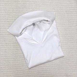 白シャツの定期更新。今年はデザイン性のあるスキッパータイプに。