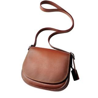 上品、しゃれ見え。今、買うなら「茶色のバッグ」!