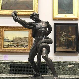 ロンドンの美術館の、戦える人物。