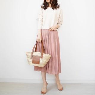 ミモレ丈プリーツスカートで大人フェミニン【tomomiyuコーデ】