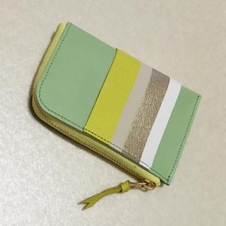 偶然出会えた、色違いで持ちたくなるミニ財布。_1_2