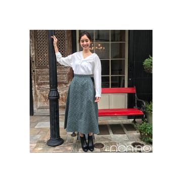 新木優子のさわやか白シャツスタイル【毎日コーデ】