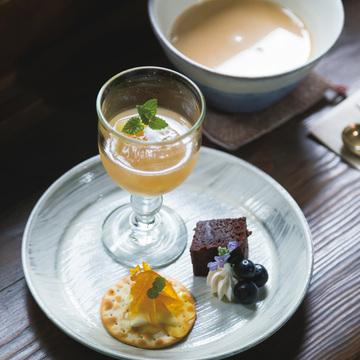 4.奈良散策途中に立ち寄りたい、大正期の趣漂う喫茶室 工場跡事務室