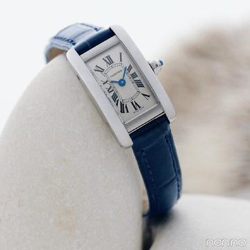 特別な時を刻む腕時計。手元を彩るカルティエの「タンク アメリカン」【Fashion Scoop!】