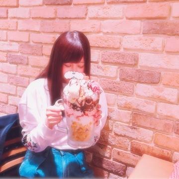 ジャンボパフェ食べに行ってきました!!