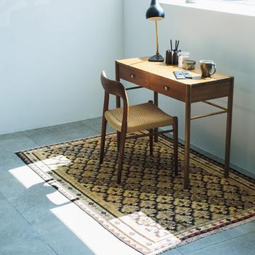 【美しい絨毯】ワークスペースにぬくもりを宿す「ヴィンテージ絨毯」