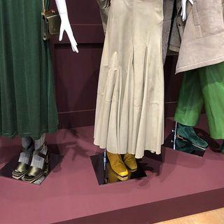 秋冬ファッションは足元から!秋冬一番に真似したいフェラガモの足元コーデ