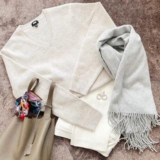 【 UNIQLO 】オートミールカラーのmen'sセーター