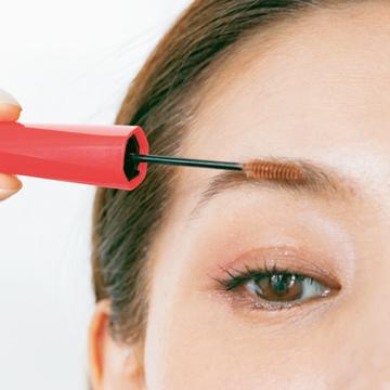 【中野明海の「眉」と「まつ毛」のメイク術】いきいき感を生む眉のつくり方