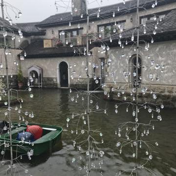 梅雨の箱根は美術館へ