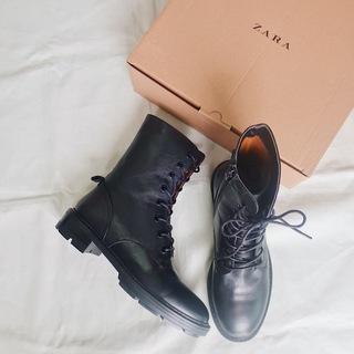 この秋真っ先に買った今年顔のブーツは、ZARA!