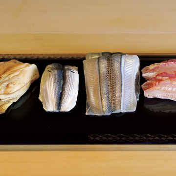 札幌で研究家肌の主人がにぎる妥協なき鮨 鮨 一幸