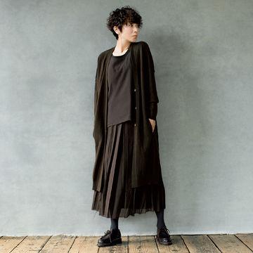 スタイリスト佐伯敦子さんがセレクト。「KristenseN DU NORD」のカーディガンとスカートでつくる上質ブラウンコーディネート