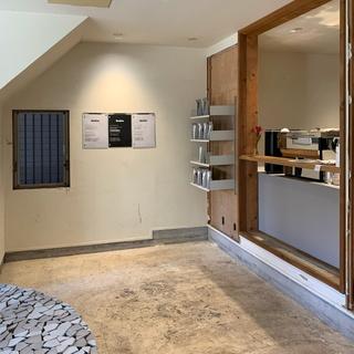 祐天寺のコーヒーショップsniite。スタイリッシュな空間とアットホームな雰囲気でオリジナルのコーヒーを楽しめます!