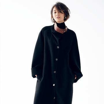 極上の肌触りが魅力の「黒ロングコート」【富岡佳子「エルメスの最上質に包まれて」】