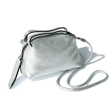 「GIANNI CHIARINI」のALIFA S、過去に即完売を記録した人気バッグを夏スタイルのアクセントに