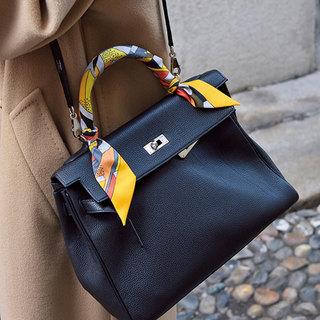 カジュアルも格上げしてくれる「レディなクラシックバッグ」【ファッションSNAP パリ・ミラノ編】
