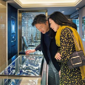 国産最高峰の時計と出会える「グランドセイコー」【パートナーと正統派の時計店へ⑤】