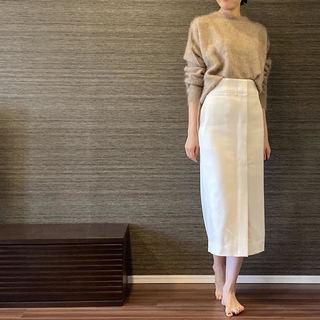 白スカート更新。楽して、美尻効果抜群!
