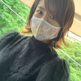 リバティの素敵なマスク(しかも1000円)で気分上々!