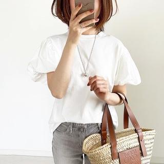 『ZARA』サマ見えパフスリーブTシャツ【tomomiyuコーデ】