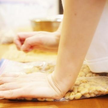 備蓄や保存に最適!免疫力を高める最強の発酵食品「味噌」を、ジップロックで手軽に作っちゃおう♪