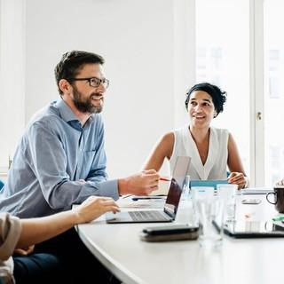 チームミーティングでの意思決定をスピードアップする方法|Forbes JAPAN