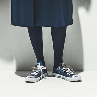 【1】薄手で脚がきれいに見える「ウールタイツ」