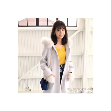 西野七瀬は差し色使いでファー付きコートを新鮮に見せる【毎日コーデ】