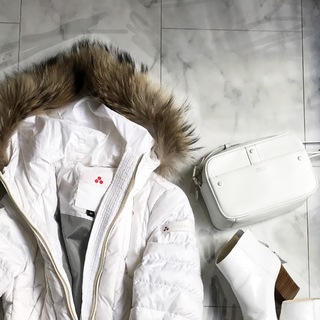 冬に着る「白」