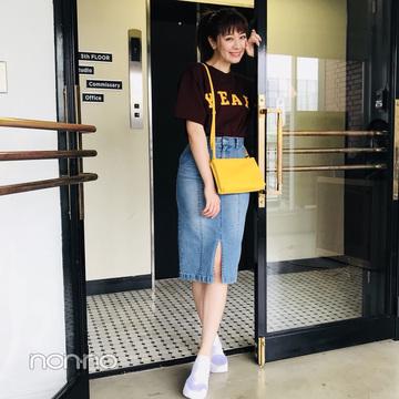 岡本杏理はデニムタイトで女っぽカジュアル【毎日コーデ】