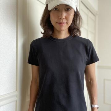 UNIQLOのTシャツは出番多し♩