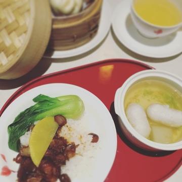 """3. ラウンジの台湾軽食""""小吃"""""""