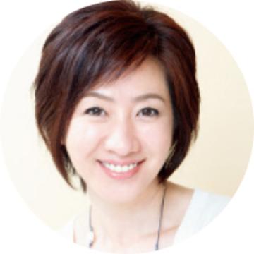 ヘア&メイクアップアーティスト 西山 舞さん