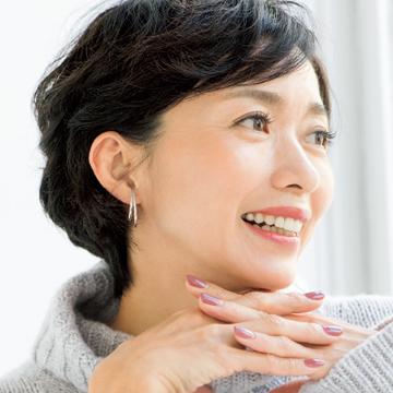 【アラフィー世代の眉メイクテク②】「大人のための旬な太眉」なら黒髪にもマッチ