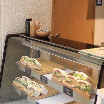 Sandwich 50 (サンドウィッチ フィフティー) とっても萌え断なサンドウィッチ専門店