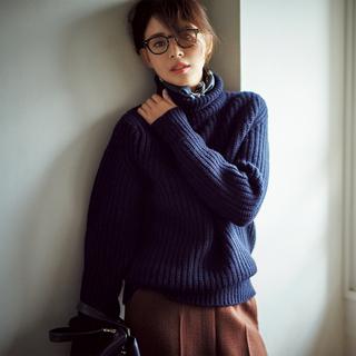 ☆ざっくりニット+「シルク系スカーフ」