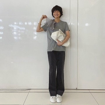 [富岡佳子private life] 表紙衣装