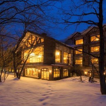 真冬の絶景と温泉を満喫! 星野リゾート 奥入瀬渓流ホテル