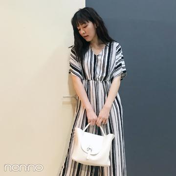 岡本杏理はオールインワンでリラックスフライトコーデ【モデルの私服スナップ】
