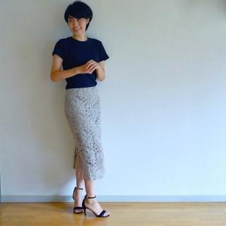 8月号掲載「黒」上手になりたい!Tシャツとスカートでワンツーコーデ