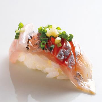 ご主人の人柄を感じる 優しい味わいの鮨 鮨 志の助